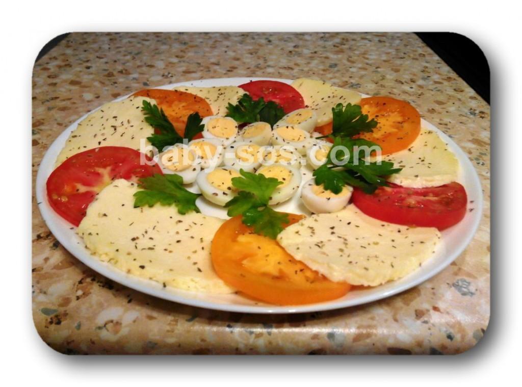 салат, закуска капрезе, рецепт, с перепелиными яйцами