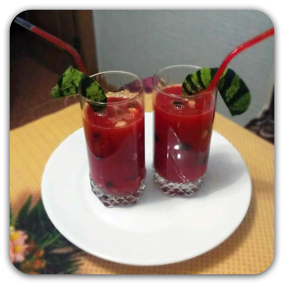 The juice of fresh watermelon,, recipe with photo, how to cook with fresh watermelon, step by step recipe